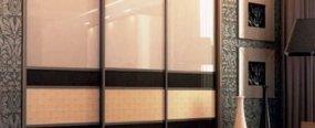 Топ-3 идеи фасадов для встроенных шкафов-купе